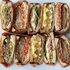 わんぱくサンド/サンドイッチ/おうち時間/おうち時間を楽しもう/おうちごはん/ランチ/... 外出自粛中。  子供達も食べやすいように…