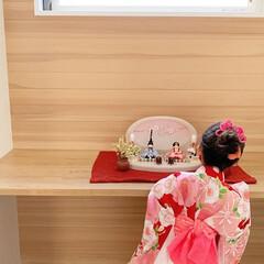 ひな祭り/ひなまつり/お雛様/雛人形/桃の節句/雛祭り/... お子さまとふらここの雛人形のお写真は、い…(1枚目)