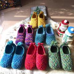 手編みルームシューズ/かぎ針編み/わたしの手作り 手編みのリフ編みルームシューズ。 秋から…