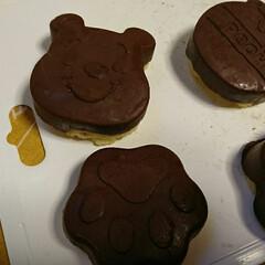 お菓子作り シリコン型で❤️ 下はスポンジケーキで上…