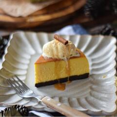 手作りスイーツ/手作りお菓子/手作りケーキ/手作りおやつ 今日のおやつ。 かぼちゃのチーズケーキ🎃