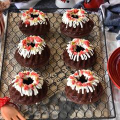 手作りおやつ/手作りケーキ/手作りお菓子/手作りスイーツ 今日のおやつ。 ミニクグロフでチョコケー…(2枚目)