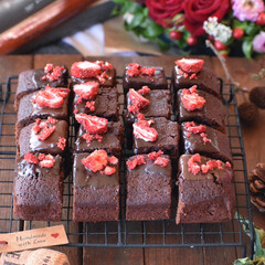 おうちカフェ/手作りスイーツ/手作りお菓子/手作りおやつ/手作りケーキ チョコレートブラウニー🍫  #チョコレー…(4枚目)
