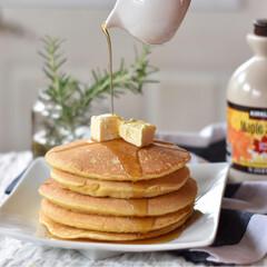 手作りスイーツ 土曜の朝ごはん。 豆乳使ったパンケーキ。 (1枚目)