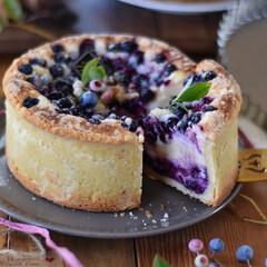 手作りケーキ/手作りスイーツ/手作りおやつ/手作りお菓子/おうちごはん/おうちカフェ/... 友達んトコのブルーベリーを贅沢に使ってブ…