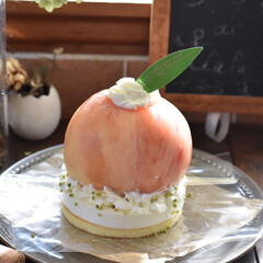 手作りケーキ/手作りお菓子/手作りスイーツ/お菓子作り/おうちカフェ まるごと桃のダブルチーズケーキ。(2枚目)