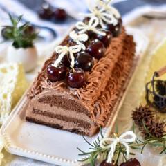 手作りお菓子/手作りスイーツ/手作りおやつ/手作りケーキ ダークチェリーのチョコレートケーキ🍫🍒