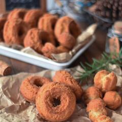 手作りスイーツ/手作りおやつ/手作りお菓子 今日のおやつ。 オールドファッション。 …(4枚目)