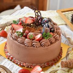 手作りスイーツ/手作りケーキ/手作りお菓子 頼まれものバースデーケーキ。 6号生チョ…(3枚目)