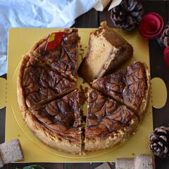 手作りお菓子/手作りスイーツ/おうちカフェ/手作りおやつ/手作りケーキ キャラメルチーズケーキ。 お世話になっと…(4枚目)