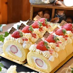 手作りケーキ/手作りおやつ/手作りスイーツ/手作りお菓子 頼まれものいちごのロールケーキ🍓