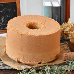 手作りケーキ/手作りおやつ/手作りお菓子/手作りスイーツ 三温糖のシフォンケーキ 。