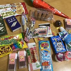 宮田製菓 ミヤタのヤングドーナツ 4個×20袋(ドーナツ)を使ったクチコミ「駄菓子をたくさん買ってきて、今日は駄菓子…」