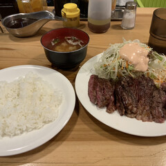 ステーキ/ランチ 大阪市内の御霊神社の帰りにずっと食べたか…