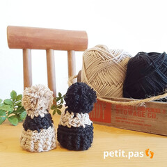 かぎ針編み/手編み/ニット帽/ミニチュア雑貨/雑貨/ハンドメイド 黒&ベージュ この色の組み合わせも大人か…