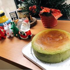 Christmas/手作りお菓子/チーズケーキ/クリスマスケーキ/お菓子作り/手作り/... 抹茶のスフレチーズケーキ❤ フワフワしゅ…