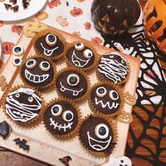 アイシングクッキー/焼き菓子/カップケーキ/チョコマフィン/手作りお菓子/お菓子作り/... こちらも長女のHalloween par…