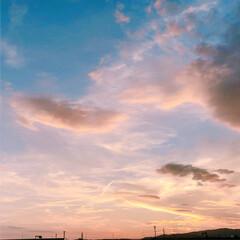 お気に入り増えた(*´ㅂ`*)/私の癒し/自然の恵み/夕空/雲 毎週続きの台風や豪雨被害などに続き、北海…