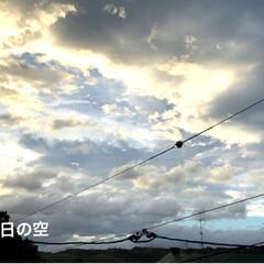 幻日/雲/空 まだまだ風がきつかったよ〜😵 昨日の夜は…(3枚目)