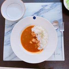 レトルトカレー/カレー/お昼ご飯/LIMIAごはんクラブ/おうちごはんクラブ/キッチン雑貨/... 本日のお昼ごはーん✨ レトルトカレーです…