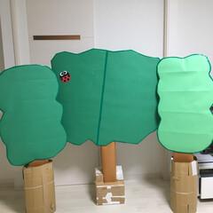 工作/制作/段ボール/段ボール工作/木 幼稚園のフェスティバルで使う木🌲 大人の…