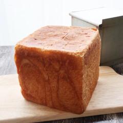 おうちパン/角食/手作りパン/至福のひととき/LIMIAごはんクラブ/おうちごはんクラブ/... 先日焼いた角食 牛乳仕込みで全粒粉入 自…(2枚目)