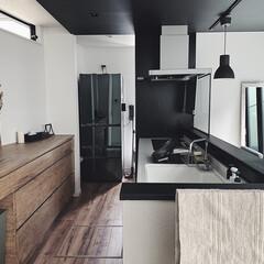 キッチン丸洗い/キッチンリセット/グレーインテリア/モルタル床の家/シンプルな暮らし/平成最後の一枚 毎週金曜日。 キッチン丸洗い。 オキシで…
