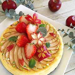 ティータイム/林檎/苺スイーツ/飾り切り/春/桜/...  🌸春が来た‼︎  林檎の桜ベイクドチー…