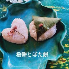 桜餅/フォロー大歓迎/グルメ/スイーツ/甘党大集合 桜餅は、もち米とお米で。中身のあんは、作…