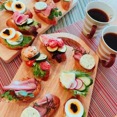 フレーバーバター/オープンサンド/夫作/朝ごはん/LIMIAごはんクラブ/おうちごはんクラブ おはようございます♪ 今朝の朝ごはん夫作…
