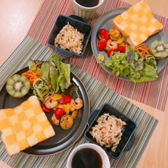 洋食/チーズアート/夫作/朝ごはん/LIMIAごはんクラブ/おうちごはんクラブ 娘のお弁当が休みなのでいつかの朝ごはん夫…