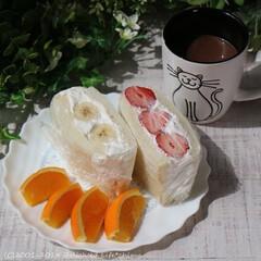 フルーツサンド/サンドイッチ/イチゴサンド/バナナサンド/朝ごパン/朝食/... 朝ごパンにフルーツサンド♪ イチゴサンド…