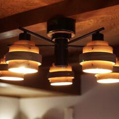 オシャレ/エジソン電球/LED電球/Googleホーム/トロードフリ/ルームライト/... リビングのシーリングライト。  電球は例…