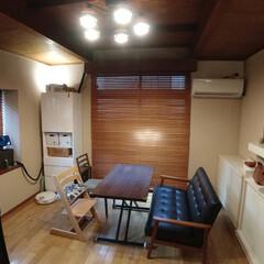 オシャレ/昇降テーブル/ベビーベッド/照明器具/ルームライト/間接照明/... 我が家のリビング。  この家は築50年!…