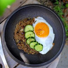昼ごはん/晩御飯/ランチ/カレー/レシピ/ドライカレー/... ドライカレー。 超簡単にカレールーを使い…(1枚目)