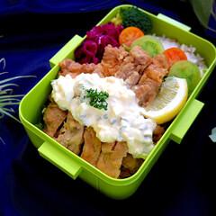 pos.362668 4点ロックランチボックス レトロフレンチ グリーン YZFL7|b03(弁当箱)を使ったクチコミ「チキン南蛮弁当。 お肉どーーん!と入れる…」