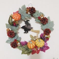 魔女/ハロウィンリース/リース/プラパン/かぼちゃ/ハロウィン2019/... ダイソーのリース ダイソーの木の実 ダイ…