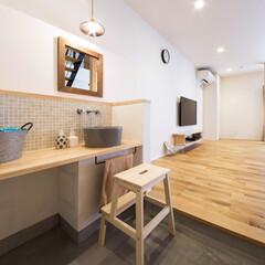 モルタル床/モルタル/リビングインテリア/ドライフラワー/洗面ボウル/洗面台/... お気に入りの手洗い. 照明、鏡、洗面ボウ…