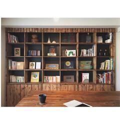 絵本/本棚DIY/本棚/DIY女子/DIY/収納/... とりあえず本並べて 珈琲シバきながら 配…