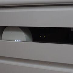 BUFFALO ネットTV対応 11n/a & 11n/g 無線LANルーター イーサネットコンバーターセット WZR-HP-AG300H/EV | バッファロー(掃除機)を使ったクチコミ「ルーターはテレビボードの中に隠してます。…」(1枚目)