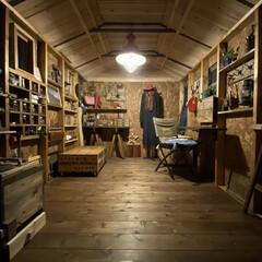 フルトン ソーホースブラケット 鉄 2個 400SHB(作業台、ワークテーブル)を使ったクチコミ「私の作業部屋。 市販物置をDIYで工房に…」