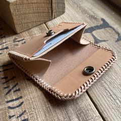 革製品/カードケース/コインケース/レザークラフト/DIY/革細工/... カードサイズのコインケースを作りました👍…(3枚目)