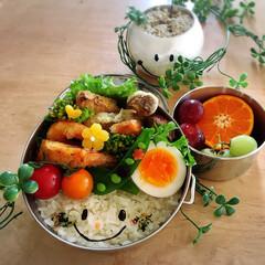 あいざわ工房/天ぷら弁当/天ぷら/お弁当/おべんとう/お弁当作り/... 昨晩のおかずをスライド。 天ぷら弁当。 …
