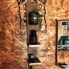 ラクマ出品中/メルカリ出品中/リメイク瓶/男前インテリア/リメイク缶/DIY/... フックシェルフ。 かすがいを使うだけで、…