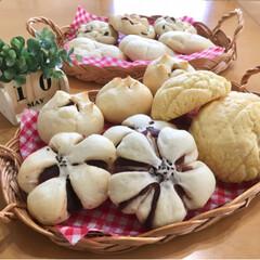 焼き立てパン/手作りパン/パン/フォロー大歓迎/LIMIAスイーツ愛好会/LIMIAごはんクラブ/...  今日は甘いパンを5種焼きました😊  メ…(1枚目)