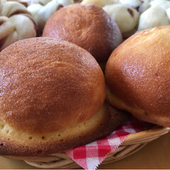 お家パン/焼き立てパン/手作りパン/フォロー大歓迎/至福のひととき/LIMIAスイーツ愛好会/...  あんぱん チョコパン スイートブール(4枚目)