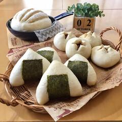 焼き立てパン/手作りパン/パン  おにぎりパン。 チョコパン。 ストウブ…