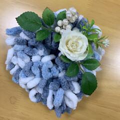 手作り/インテリア/ハートリース/リース/フワモコモール/ダイソー/... フワモコモールのハート💙リース  お花の…