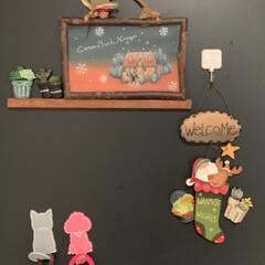 トールペイント/クリスマス/玄関/ダイソー/ハンドメイド/雑貨/... 玄関にもクリスマス🌲 扉には、トールペイ…(1枚目)