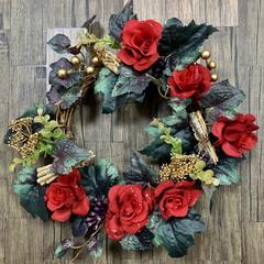 クリスマス/リース/クリスマス2019/キャンドゥ/ダイソー/セリア/... クリスマスカラーのリース✌️ プレートは…
